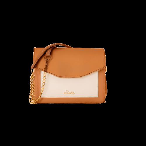 Alénore haute maroquinerie végétale est une marque de sacs et accessoires véganes, sans cuir, fabriqués en France, éthique et écoresponsable